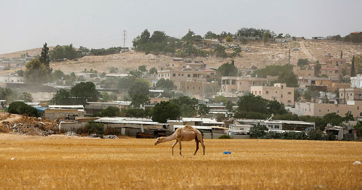 Israeli gov't reaches compromise on bill providing energy to unrecognized Arab homes