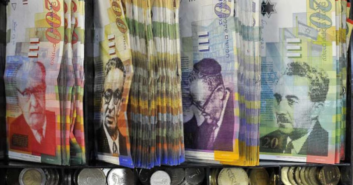 Israeli Money Changers Linked to Organized Crime, Government Official Says
