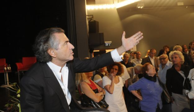French philosopher Bernard Henri Levy speaking at the French Embassy in Tel Aviv