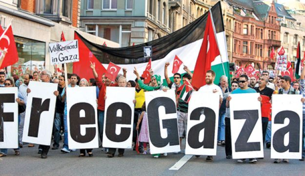 Demonstrators in Zurich protesting against Israel