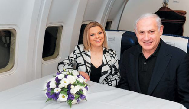 Prime Minister Benjamin Netanyahu and his wife Sara en route to the U.S. yesterday evening.