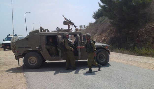 IDF troops deployed near Israel's northern border after clashes with Lebanese troops, August 3, 2010