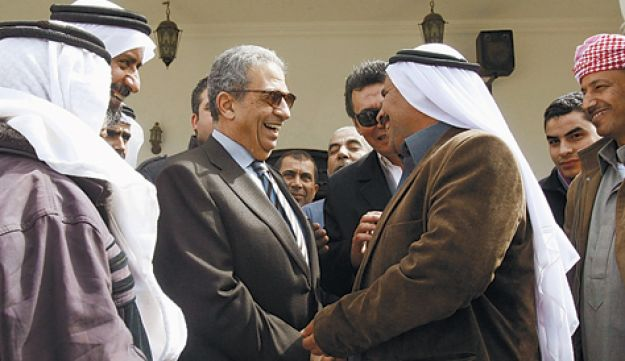 Amr Moussa (center) campaigning for president during a visit to Sinai in February.