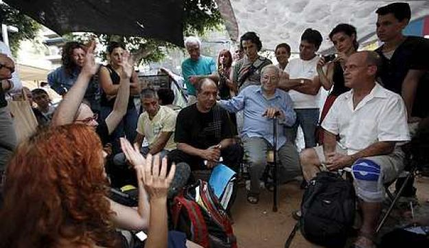Israeli authors at protest tent - Moti Milrod - July 2011