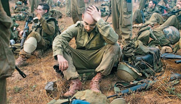 Israeli soldiers near Lebanon Getty Images 2006