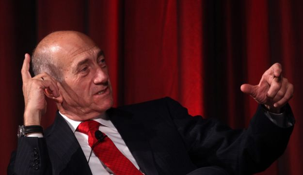 Ehud Olmert speaking at a conference in New York, April 29, 2012.