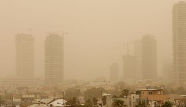 Tel Aviv haze - Moti Milrod - May 3, 2012