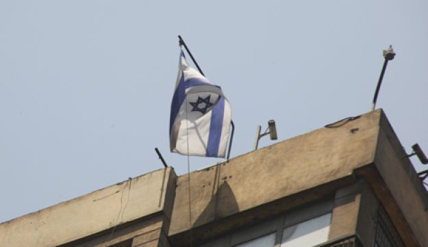 Israeli flag at Cairo embassy - AP - August 20, 2011