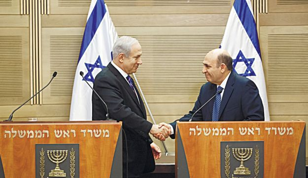 Emil Salman Benjamin Netanyahu and Shaul Mofaz during their press conference on May 8, 2012..