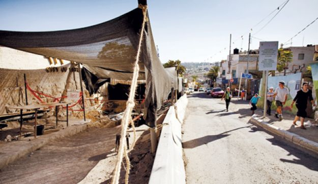 Archaeological work at the City of David - Olivier Fitoussi -  11102011