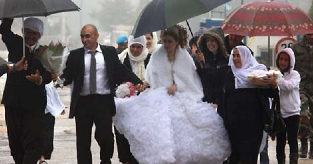 In Pictures Syrian Druze Bride Crosses Israeli Border To Marry