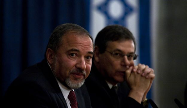 Avigdor Lieberman and Danny Ayalon - Olivier Fitoussi - 28.12.2011