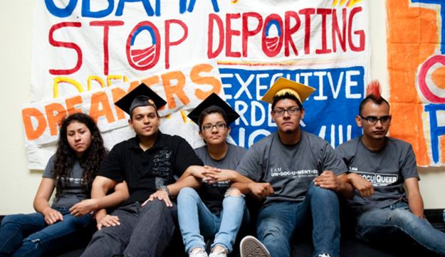 Hispanic students camp outside Obama's headquarters in Culver City, California.