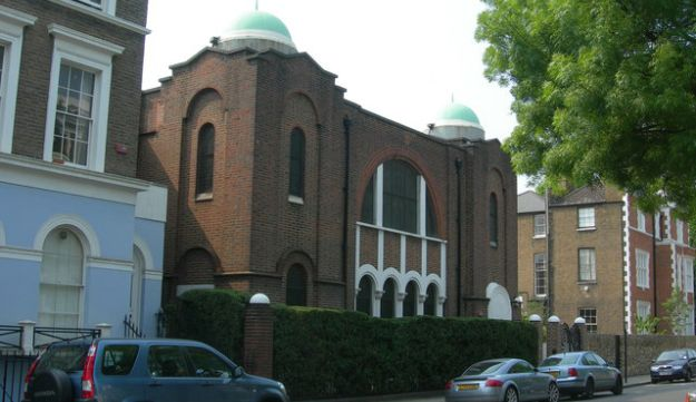 The Spanish and Portuguese Synagogue, St. James' Gardens, London.
