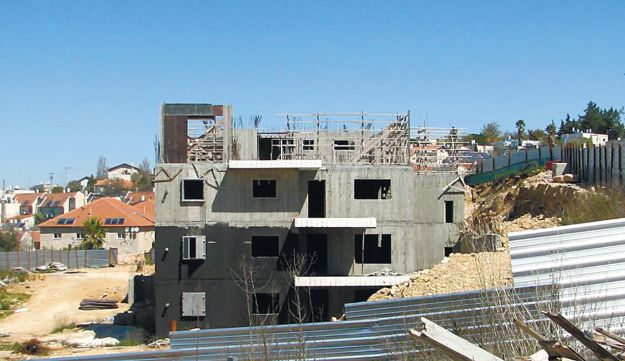 Illegal construction work in the West Bank settlement of Beit El.