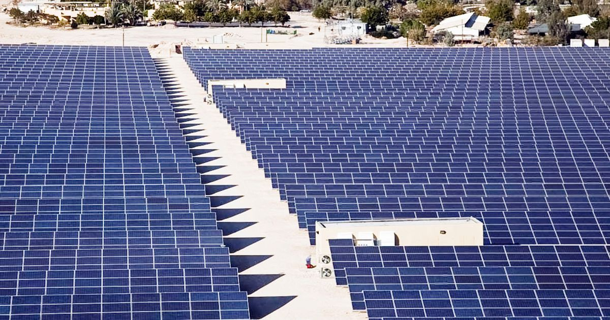 Report Says Rooftop Solar Panels Are Sufficient to Meet Israel's Energy Goals