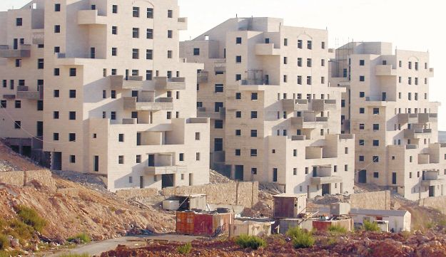 Construction in Beitar Illit.