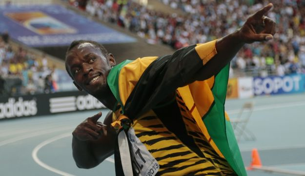 Usain Bolt celebrating yesterdays 200m victory in typical style.