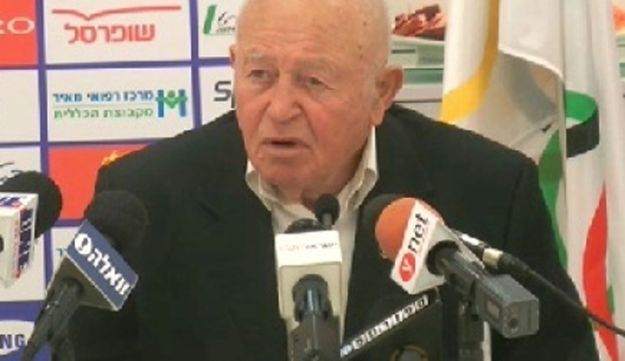 Zvi Warshaviak