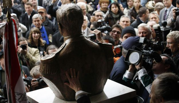 Miklos Horthy bust unveiling.