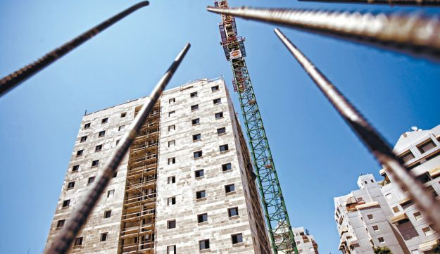 A residential construction site in Ashdod.