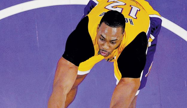 LA Lakers center Dwight Howard lining up to dunk Friday.