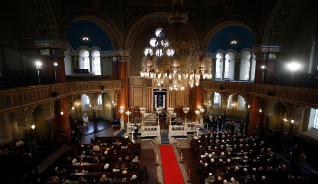 Members of the Jewish community attend a service at the Sofia Synagogue March 10, 2013.