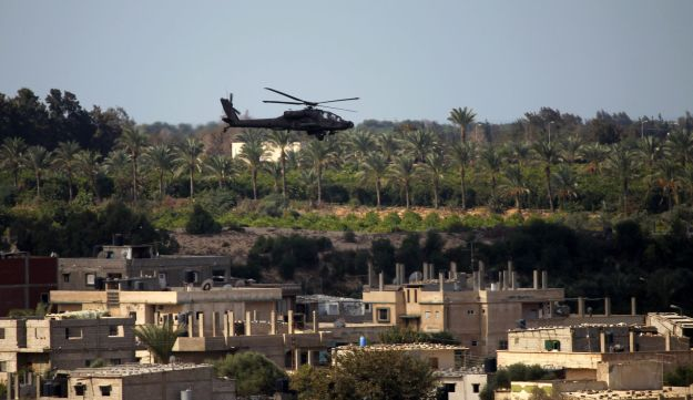 An Egyptian military helicopter over Rafah, near the Gaza border. October 29, 2014.