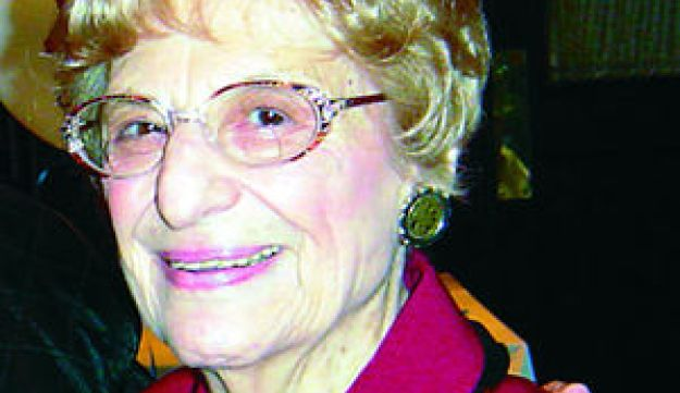 Violet Spevack wrote some 2,500 'Cavalcade' columns since she began on March 5, 1965.