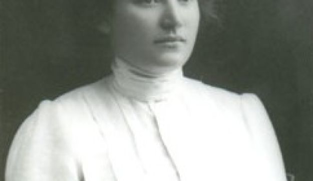 Jewish spy Sarah Aaronsohn, shown here unsmiling and wearing a pleated white shirt. She would elect to shoot herself in the mouth, and die, rather than continue to suffer torture by the Turks during WWI.