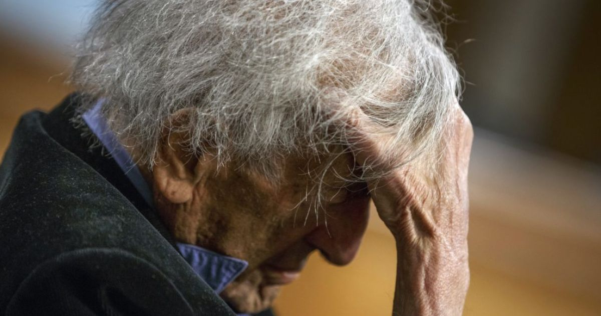 an analysis of elie wiesel as a great man as well as a humanitarian