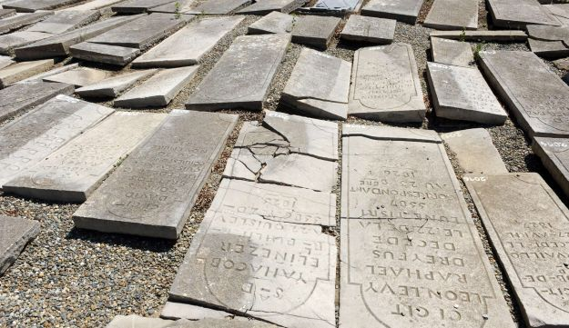 part of the restoration process of a Jewish cemetery in Bayonne