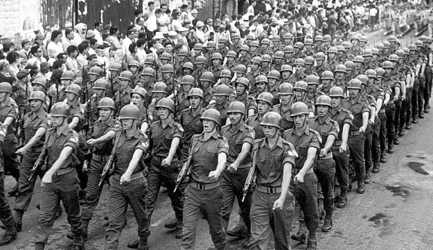 Soldiers march in the Independence Day parade in Tel Aviv in 1962.