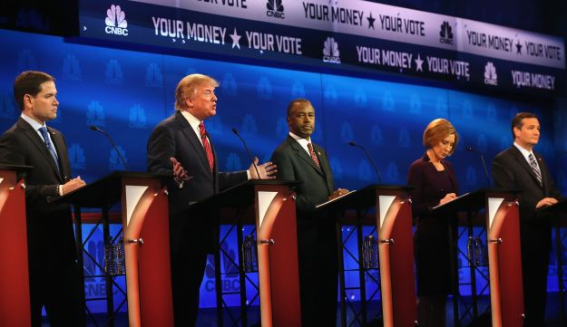 Presidential candidate Donald Trump speaks while Sen. Marco Rubio, Ben Carson, Carly Fiorina and Sen. Ted Cruz look on during the CNBC Republican Presidential Debate, October 28, 2015.