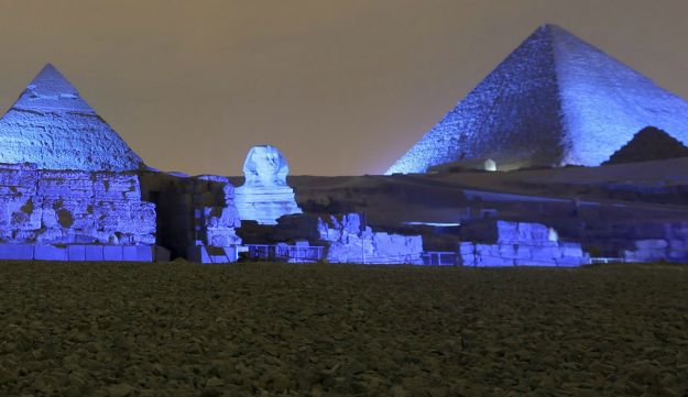 The Great Pyramids and Sphinx at Giza, Egpyt