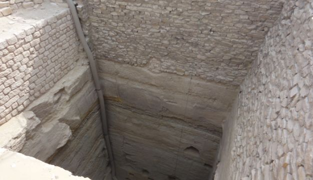 This is what an ancient Egyptian grain silo looked like: One of the pits found within the Step Pyramid complex at Saqqara, which had been built by Imhotep (not Joseph).