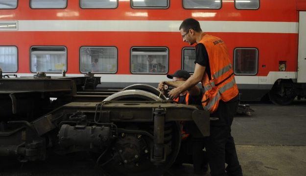 Work conducted on the railways during the Jewish Sabbath has provoked a political crisis over the past few days.