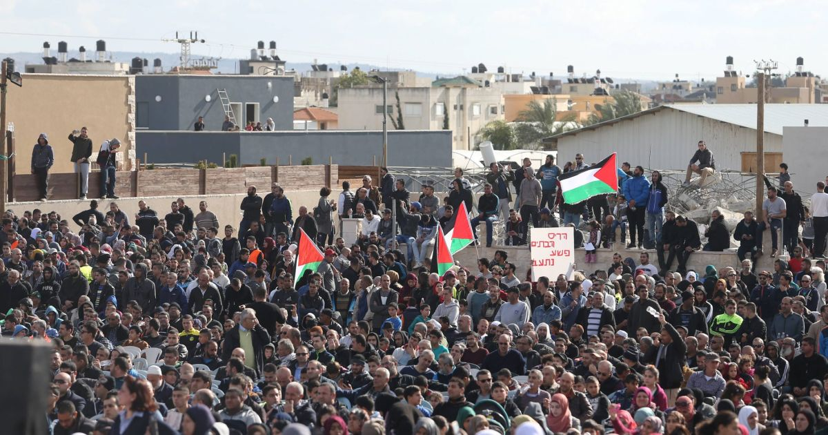 Giving In To Obstructionism >> Thousands rally in Israeli Arab town after state demolishes homes - Israel News - Haaretz.com