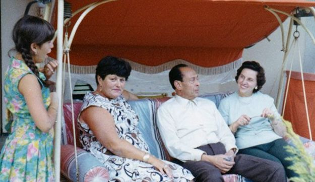 Anna Boros Gutman (second from left) during her visit to Berlin with her daughter Carla (first from left), Dr. Mohamed Helmy and his wife Emmi (right), 1969.
