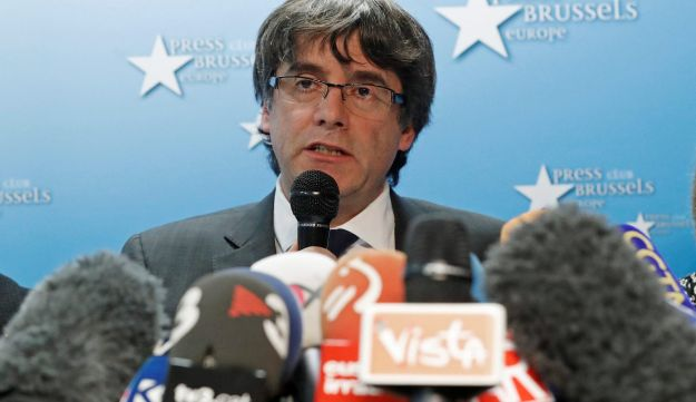 Sacked Catalan leader Carles Puigdemont attends a news conference at the Press Club Brussels Europe in Brussels, Belgium, October 31, 2017.