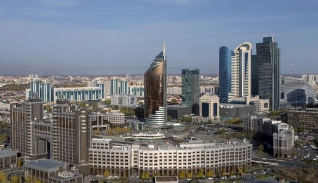 A general view of downtown with Kazakhstan's national oil company KazMunayGas (KMG) headquarters (front) in Astana, Kazakhstan, October 8, 2015.