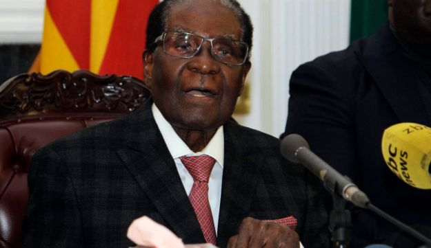 Zimbabwean President Robert Mugabe delivers his speech during a live broadcast at State House in Harare, Sunday, Nov, 19, 2017