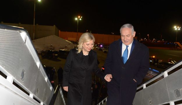 Benjamin and Sara Netanyahu board a plane to Paris.