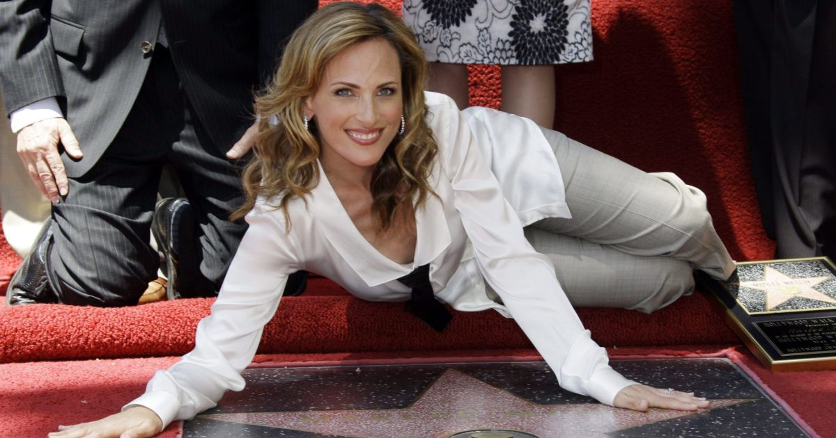 the life of marlee matlin Marlee beth matlin was the reportedly tumultuous affair between matlin and hurt extended to real life, but they broke up soon after marlee matlin  born on.