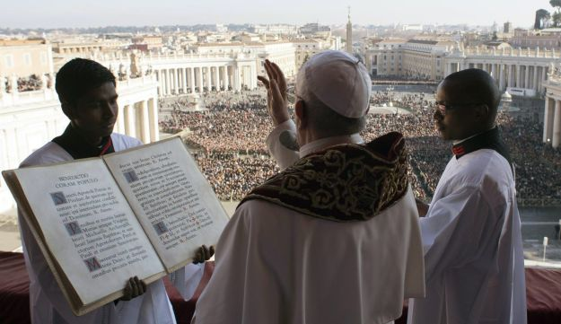 Pope Francis delivers the Urbi et Orbi Christmas' day blessing from the main balcony of St. Peter's Basilica at the Vatican, Monday, Dec. 25, 2017.