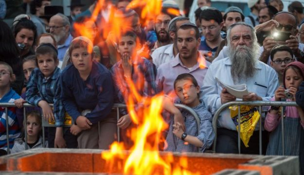 Onlookers at a Passover sacrifice near Jerusalem's Temple Mount, April 6, 2017.