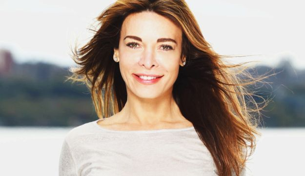 Mira Tzur has worked as an actress, dancer, model, producer and fitness trainer.