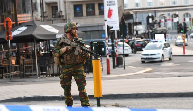 A soldier cordons off an area outside Gare Central in Brussels on June 20, 2017, after an explosion in the Belgian capital.
