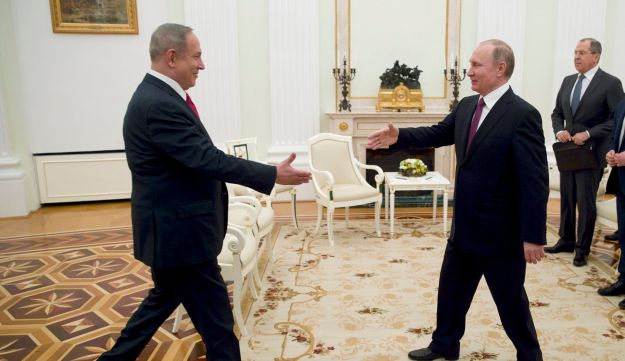 Russian President Vladimir Putin (right) meeting Israeli Prime Minister Benjamin Netanyahu in Moscow, March 9, 2017.