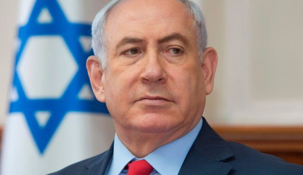Prime Minister Benjamin Netanyahu attends the weekly cabinet meeting at his office in Jerusalem on October 1, 2017.